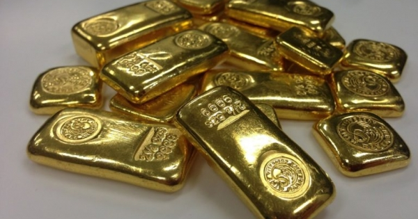 Ouro fecha em alta, com aposta em dólar fraco no futuro por estímulos de Biden