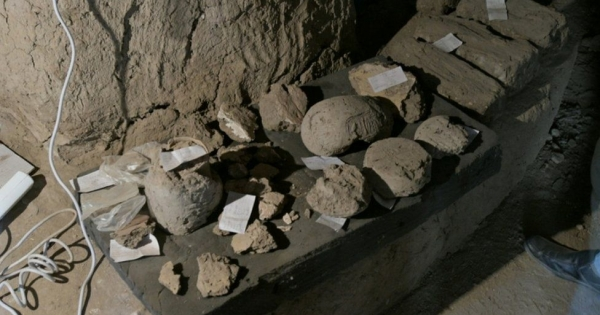 Egito descobre 'cidade do ouro perdida' com mais de 3 mil anos