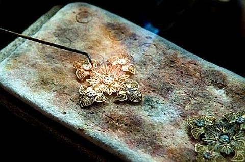 filigrana em ouro
