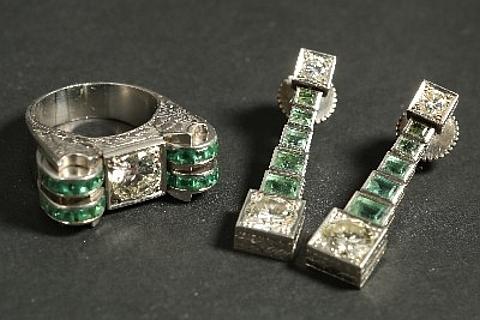 Anel e brincos de diamantes