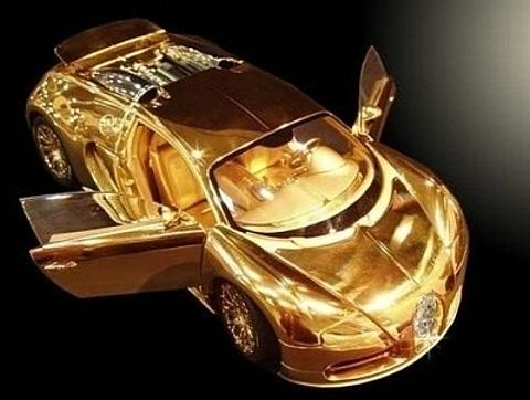 Bugatti em ouro
