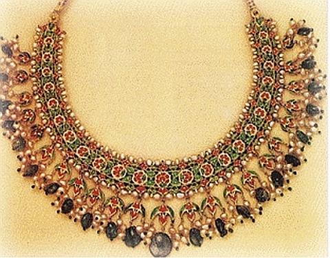 colar indiano