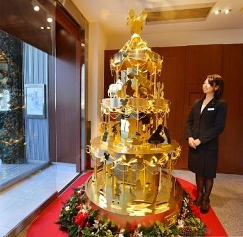 àrvore de natal em ouro