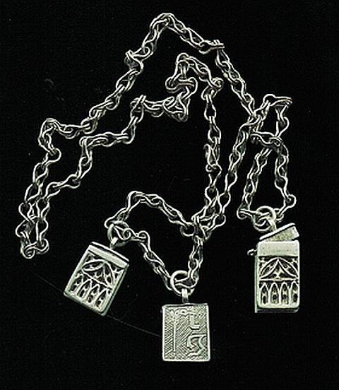 medalhão em prata