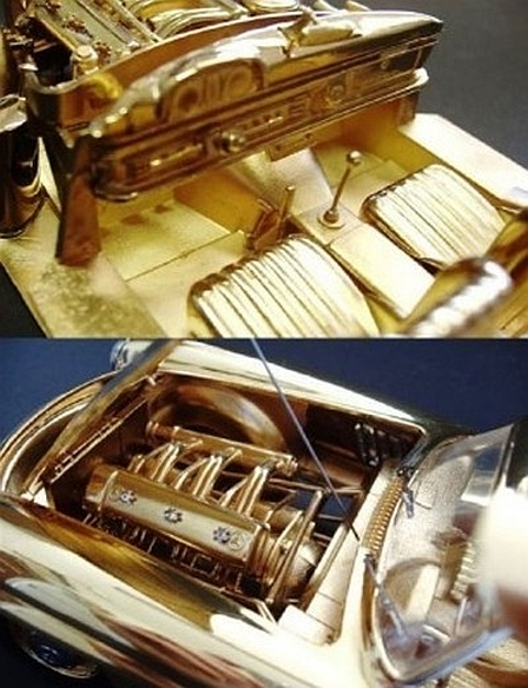 Carro em ouro