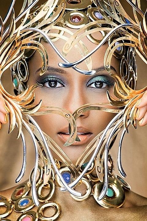 Tais Araujo- Mulher de Ouro