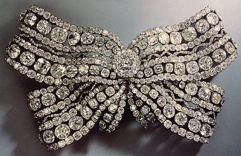 Laça com diamantes-brilhantes seculo XVIII