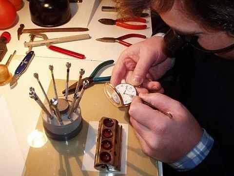 Manutenção de Relógios