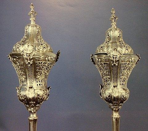 Lanternas Processionais