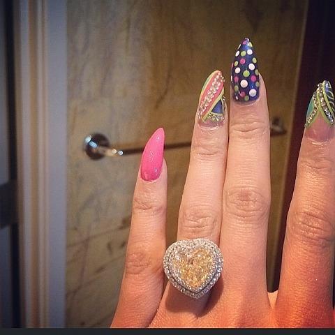 Anel de noivado Nicki Minaj