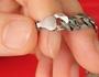 como diferenciar joias de prata de platina
