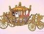 A extraordinária carruagem em ouro